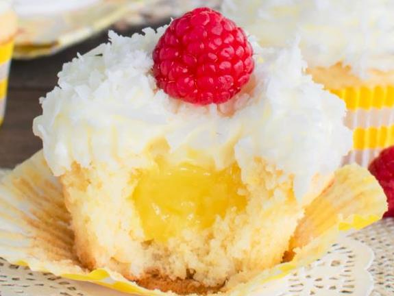 lemon coconut cupcake